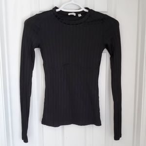 Wilfred GUC Sexy Silky Black Long Sleeve